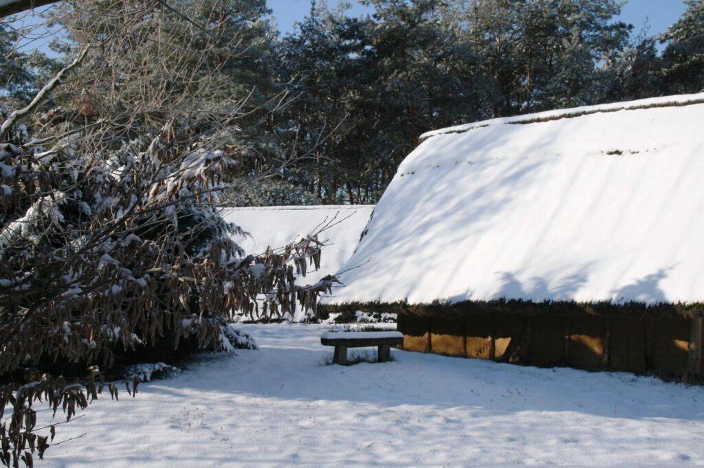 Das Steinzeitdorf im Winter, Februar 2021